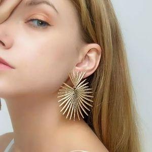 🎀Newest Boho Design Geometric Earrings